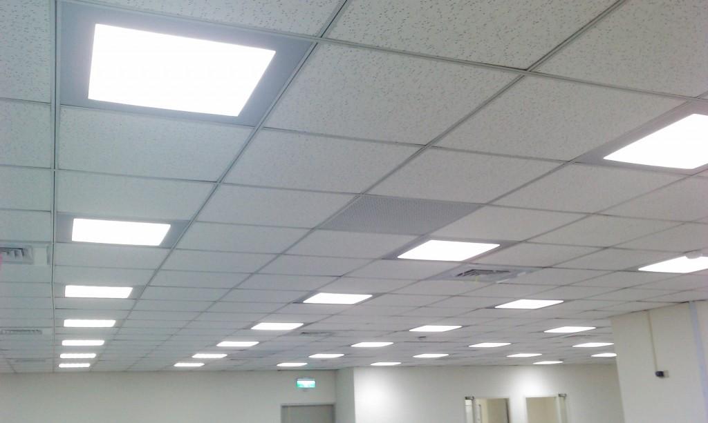 Plafoniere Controsoffitto Led : Varianti di installazione lampade in un controsoffitto luci da