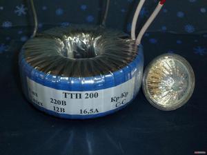 Určete transformační poměr transformátoru, který připojíme na síťové napětí 230 V a ze.